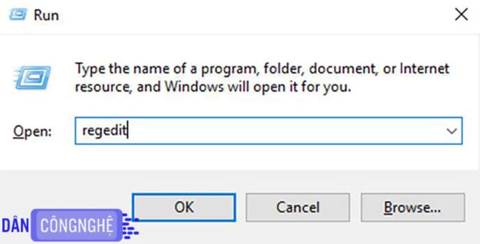 Tắt Windows Defender bằngWindows Registry 1